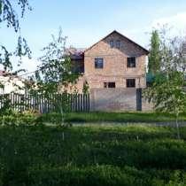 Продам 7 комнат Дом 200 кв. м, в г.Бишкек