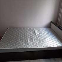 Двух спальная кровать, в Раменское