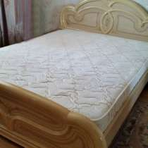 Продам кровать и матрац, в Челябинске