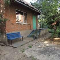Продаю дом рядом с ростовским морем, транспорт, магазины, в Ростове-на-Дону