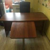 Продам стол директора, в Томске