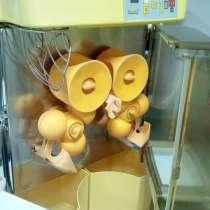 Соковыжималка для апельсина zumex 200 D (карусель), в Перми