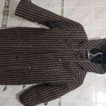 Пальто зимнее для мальчика c капюшоном (внутри мех), в Самаре