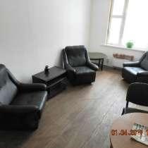Кресла из экокожи черные, в Москве