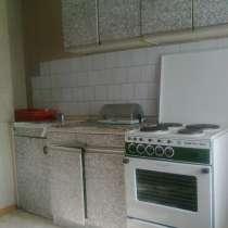 Однокомнатная квартира.37квадратов. комната-18м. кухня-9м, в Ижевске