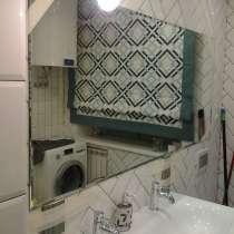Установка зеркал и полочек в ванной комнате, в г.Брест