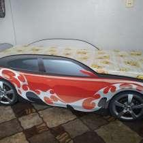 Продам детскую кровать-машину, в Тихвине