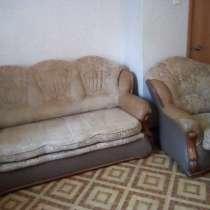 Выкатной диван+ кресло. Кухонный стол. Продам, в Волгограде