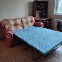 Два дивана и стол, в Москве