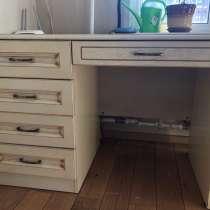 Продаётся мебель из дуба, в Мытищи