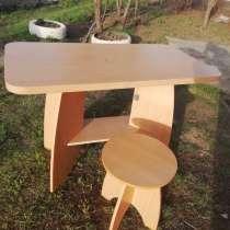 Продам столик, в г.Усть-Каменогорск