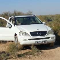 Автомобиль белый, в г.Ашхабад