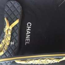 Сланцы Chanel, в Омске