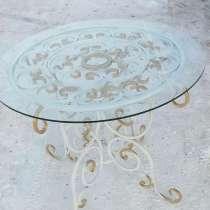 Стол с элементами холодной художественной ковки, в Новокузнецке
