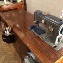Отдам швейную машину, в Санкт-Петербурге