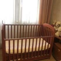 Продаю детскую кроватку, в Москве