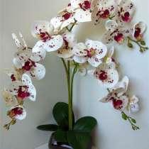 Орхидея из латекса в керамическом кашпо, в Елеце