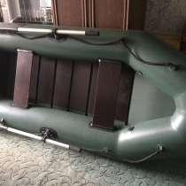 Моторная лодка ! Срочно !, в Москве