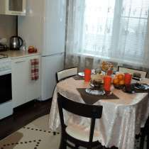 Четырехкомнатная квартира в спальном районе, в Липецке