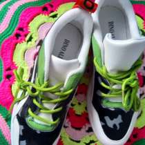 Продам кроссовки, в Красноярске