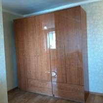 Сдам 2 комнатную меблированную квартиру за 25000 руб. по ул, в Кызыле