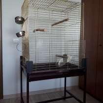 Продаю - Клетка для птиц большая на ножках на колесиках б/у, в Москве