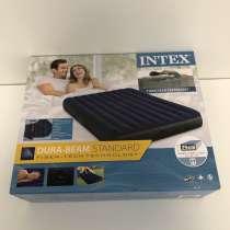 Новый надувной матрас/кровать Intex с подушками и насосом, в Уфе
