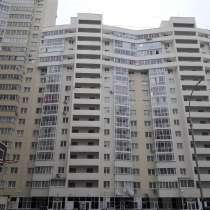 Продам 2-комнатную квартиру в ЖК Аврора, в Екатеринбурге
