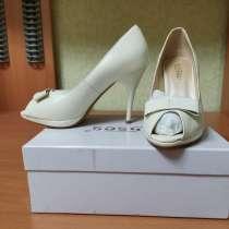 Туфли Erises новые 35 р-р, в Тюмени