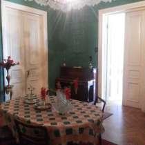 Хороший классический дом для продажи в Кутаиси, В Грузии, в г.Кутаиси