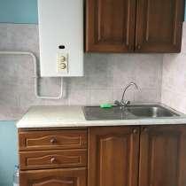 Трехкомнатная квартир с ремонтом, в Краснодаре