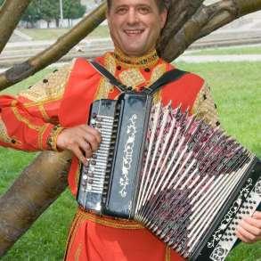 Гармонист на праздник, в Екатеринбурге