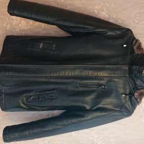 Куртка кожаная зимняя с мехом и меховым капюшоном, в Самаре