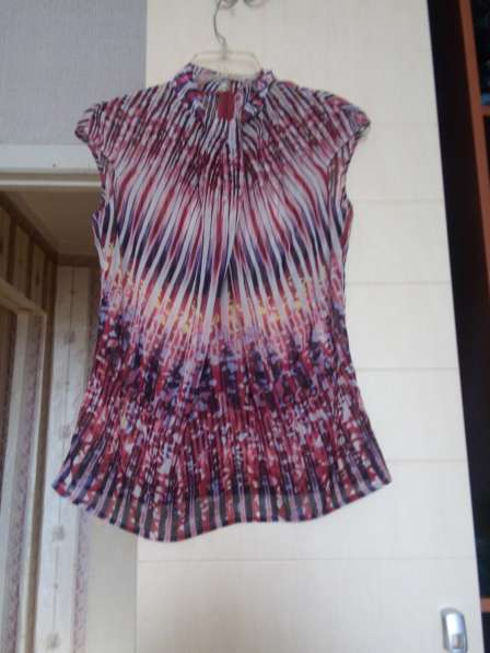 Продам блузки, кофточки в фото 4