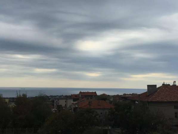 Квартира в строящемся доме с видом на море в Болгарии в фото 6
