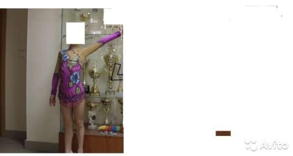 Продам купальник для художественной гимнастике