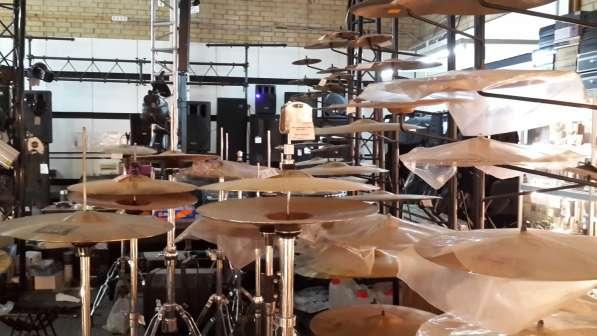 Гитары, синтезаторы световое и звуковое оборудование в Москве фото 14