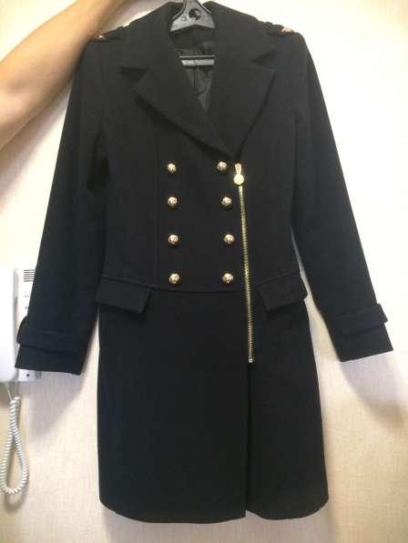 Продам новое пальто. размер 42-44. За 3000 р