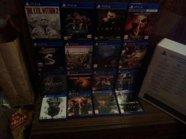 Sony PlayStation 4 Slim 1TB+ 16 Дисков с играми
