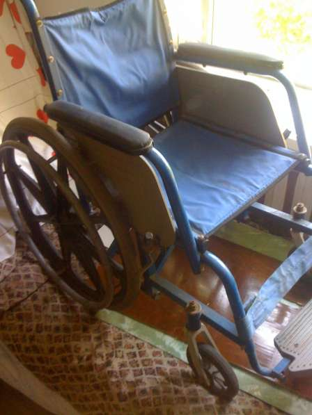 Инвалидное кресло-каталка б. у на велоколесах-или обмен