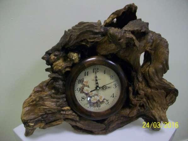 Часы каминные, материал - дуб