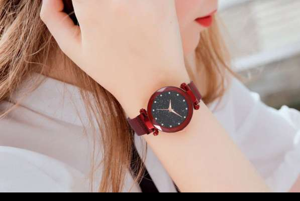 Часы женские Starry Sky Watch c магнитным ремешком водонепр в фото 3