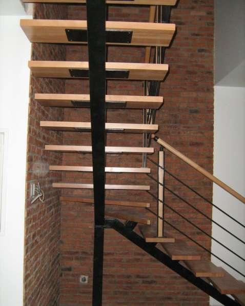 Обшивка лестниц деревом в Воронеже фото 5