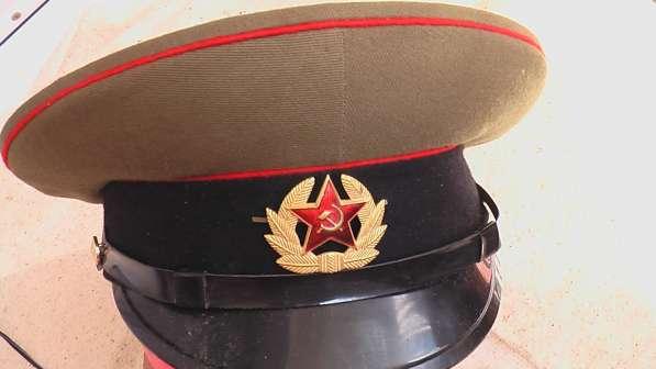 Фуражки военные СССР .
