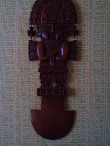Перуанская деревянная маска