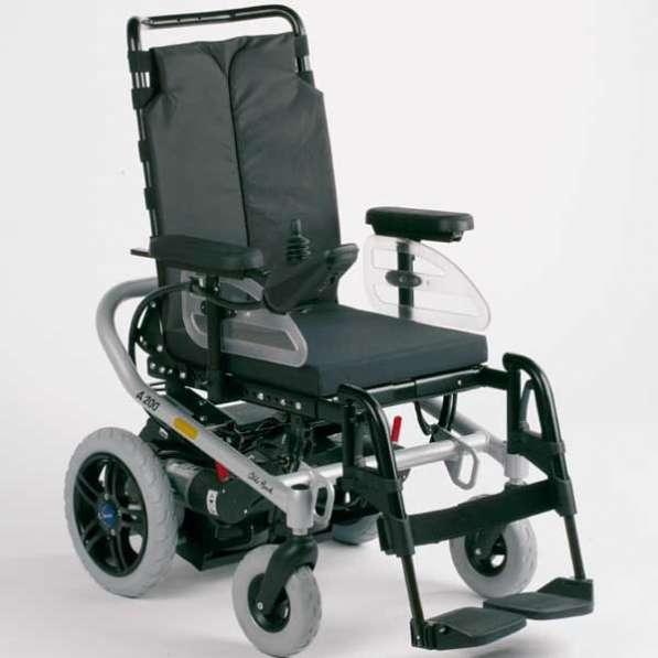 Продам кресло с электроприводом