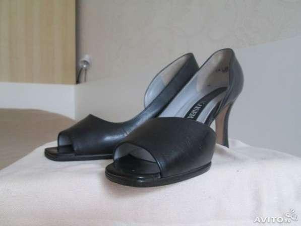 Новые туфли с открытым носом