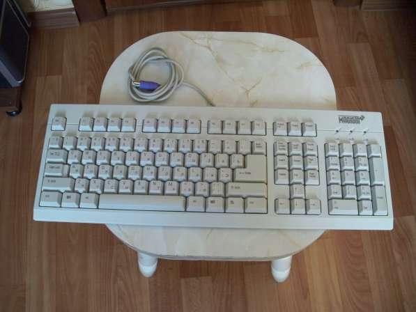 Продам две новые клавиатуры