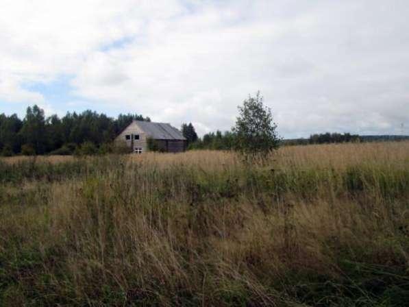 Земельный участок 25 соток в пос. Уваровка, Можайский р-он, 130 км от МКАД по Минскому шоссе.