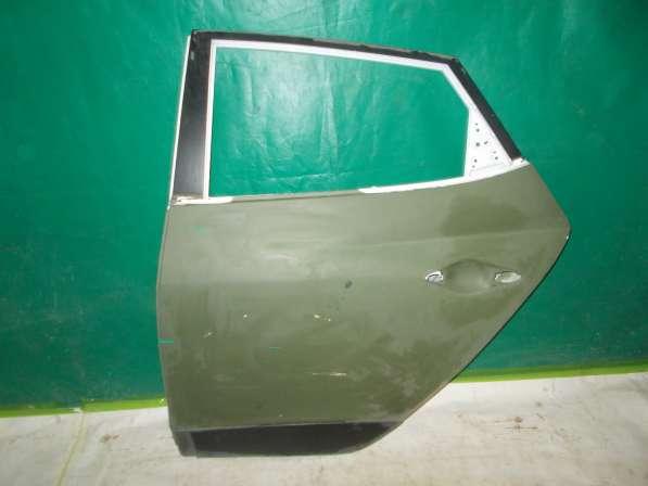 HYUNDAI IX35 Дверь Задняя левая б/у оригинал